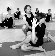 Colin Matthews - Integrated Yoga